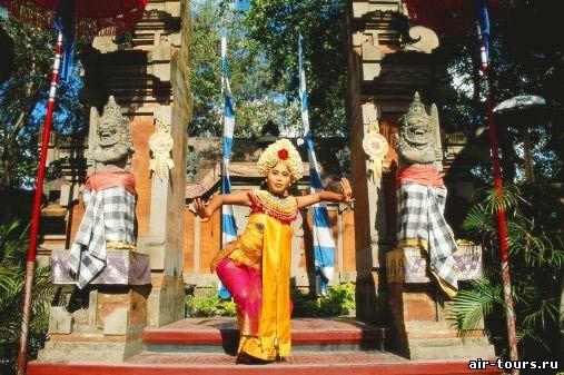 танец индонезии